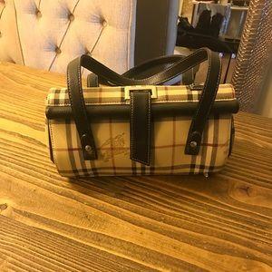 Burberry print handbag